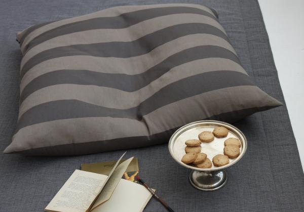 LORD maxi cushion/ maxi cuscino cm.100x100