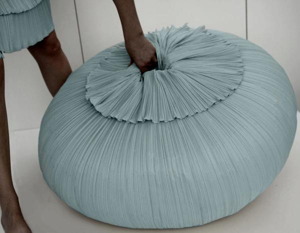 PLISSE' pouf/ottoman diam. cm.82x h.30